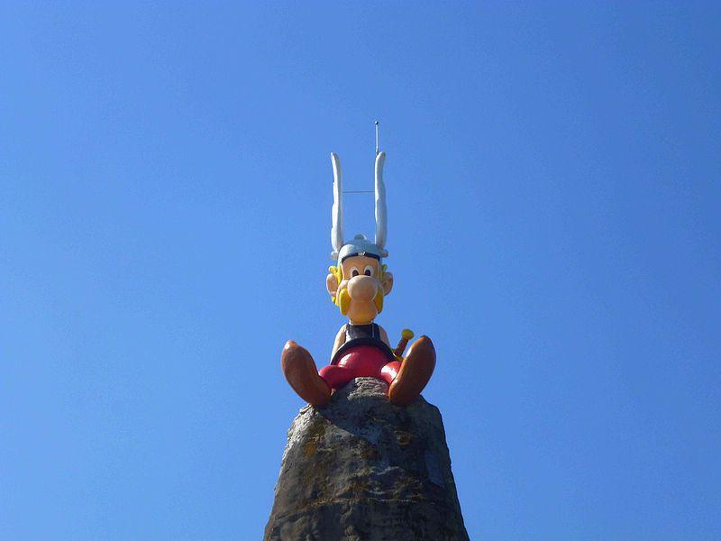 Asterix_Parc_-_panoramio.jpg